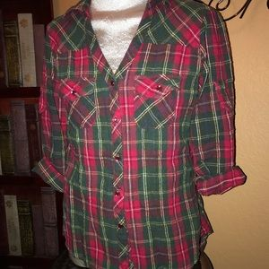BONGO flannel button down top with high low hem
